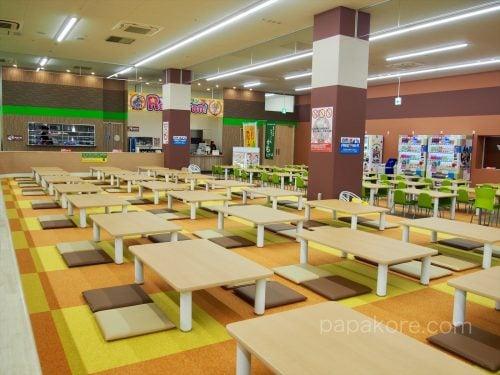 食事スペース